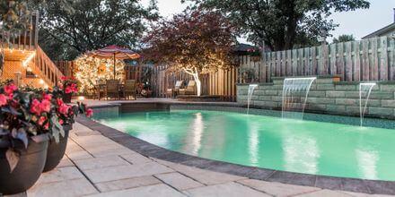 03 - Cozy Staycation Backyard